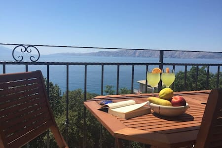 Sea view apartment Novi Vinodolski - Povile