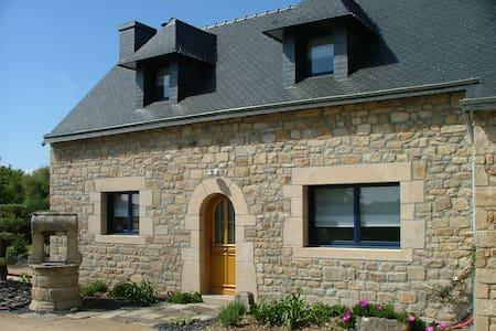 Charmante maison en pierre au calme - MERLEVENEZ - Ev