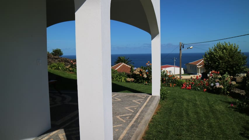 Ribeira Boa Vista Vacation Villa in Terceira - Altares