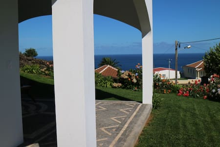 Ribeira Boa Vista Vacation Villa in Terceira - Dom