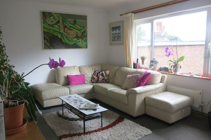 Riverside flat in Rochester Kent - Rochester - Apartment
