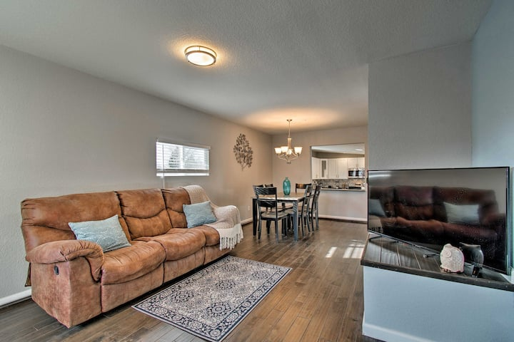 Modern Apartment - 5 Mi from Downtown Denver!