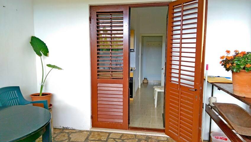 Appartement Au bord de mer, avec une chambre à coucher, à Pag - île de Pag, La terrasse