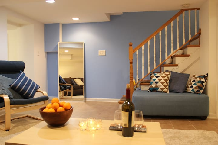 Beautiful private space, perfect for long stays!