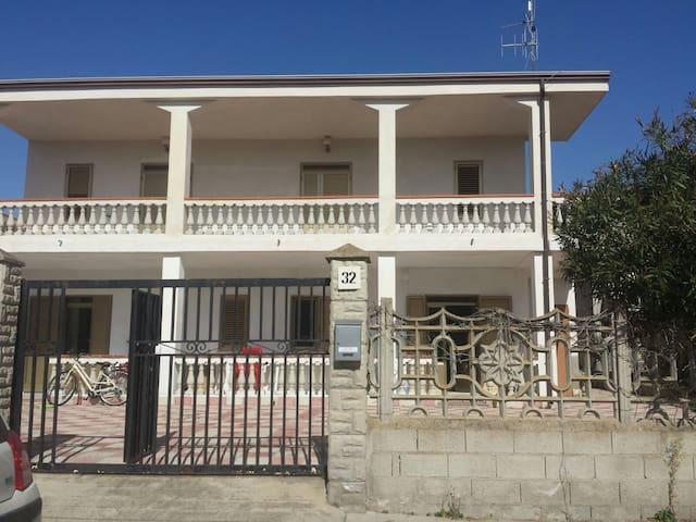 AL MARE ALLOGGIO 3 VANI ARREDATO - Steccato di Cutro - อพาร์ทเมนท์