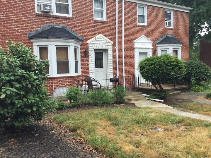 Quiet and Comfortable Townhome near Towson Univ.