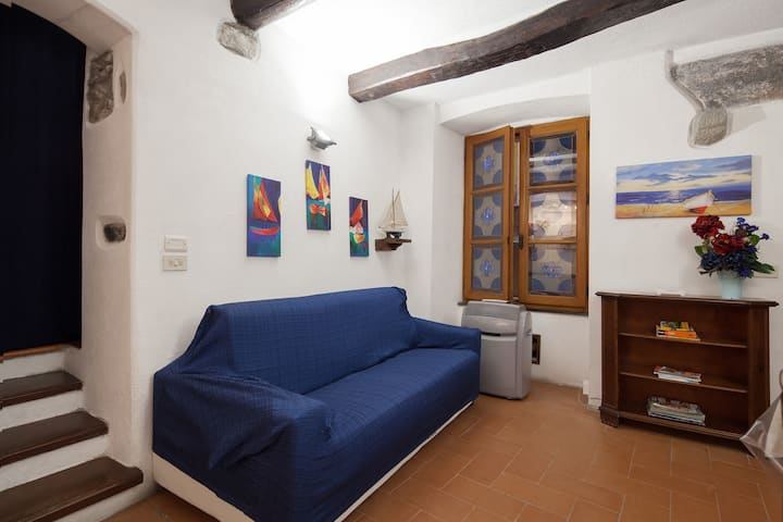 Whole house in the heart of Vernazza