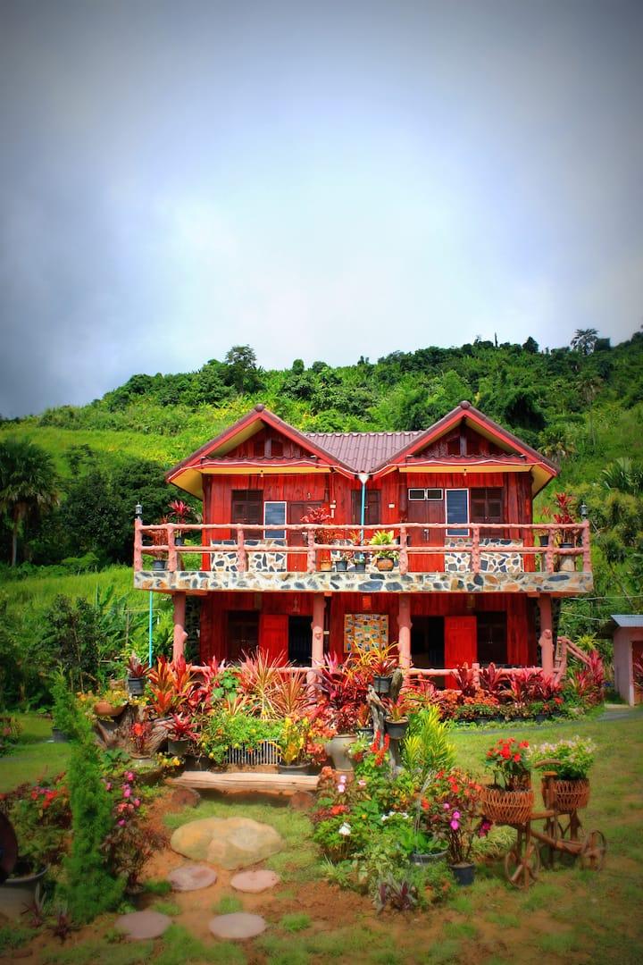 Phu Ing Mhonk Guest House