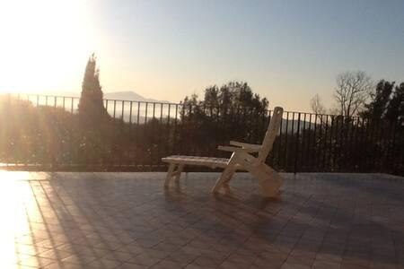 Panoramica casa agrituristica sulle colline - Formia - Dům