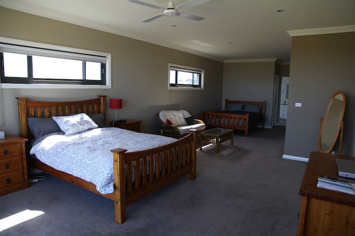 Main bedroom with 2 Queen Beds
