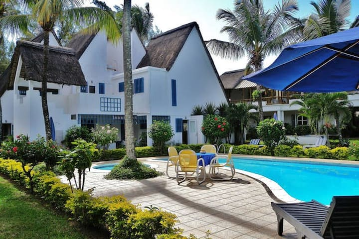 Blue Bird Mauritius, Studio's - Grand Baie - Bed & Breakfast