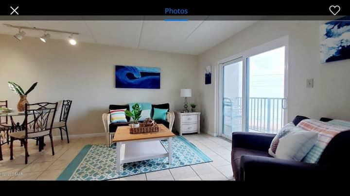 Oceanfront 4th floor