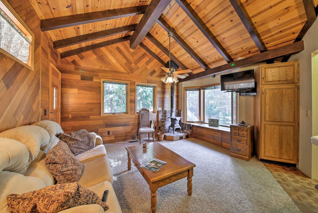 After a day on the lake, unwind with family and friends in one of 2 main living areas.