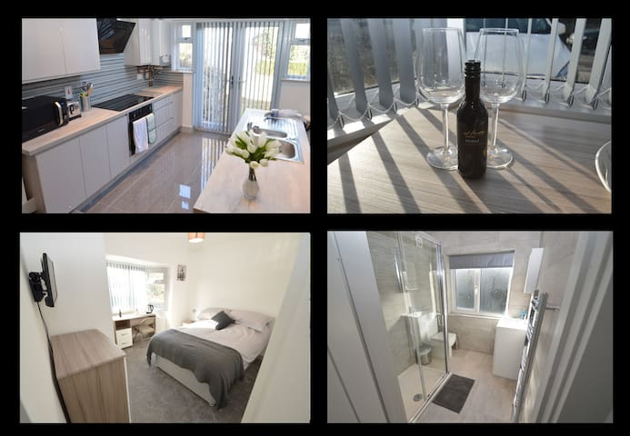 Room 2 - Large Double Room with Beautiful Ensuite!