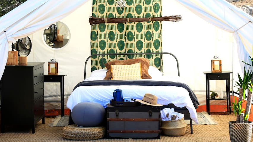 Out of Africa Glamping Safari - Maasai Mara Tent
