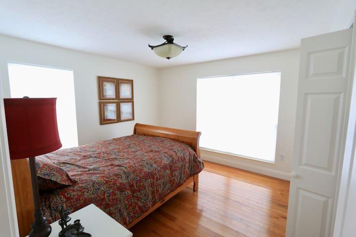 Mountain Lake House Getaway - Jefferson City - Haus
