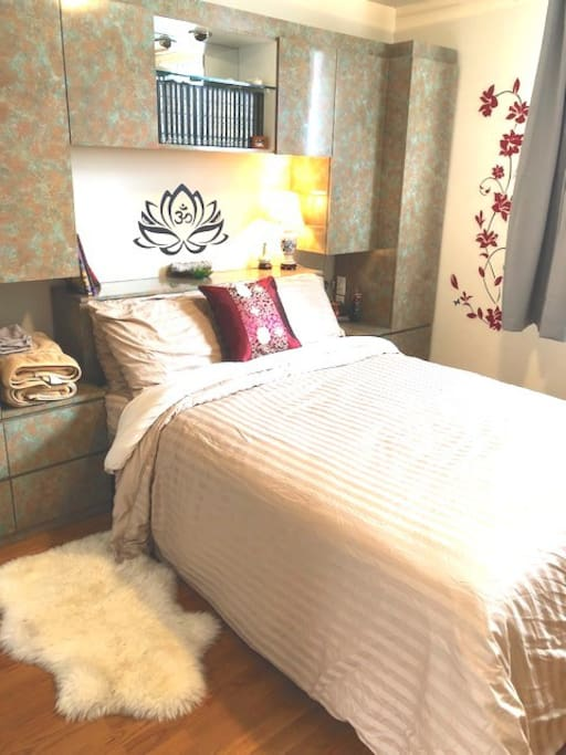 Fresh, clean, Hotel-Quality Linens & Towels Provided..