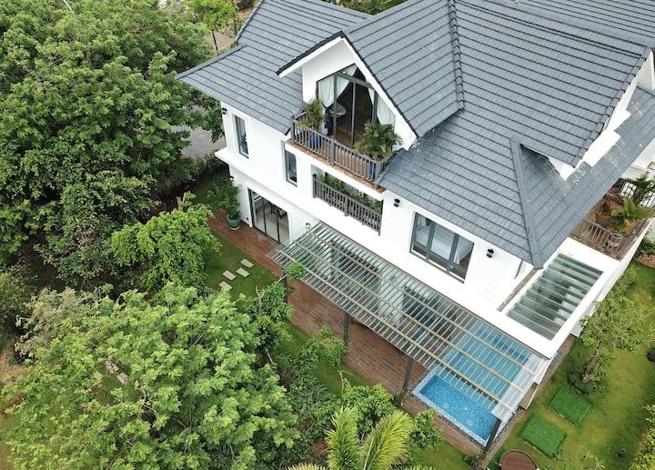 Phu Quoc Villa 3 bedrooms with  Garden View