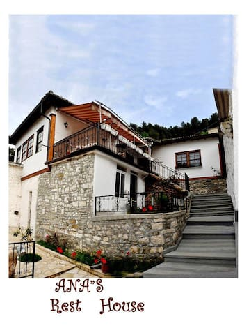 Ana Rest House Hostel - Berat