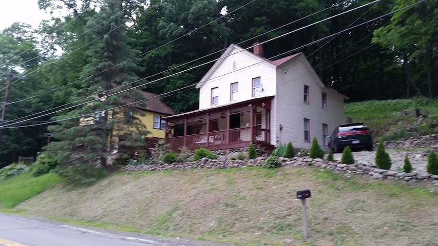Hancock retreat/fishing/hiking - Hancock - Haus