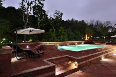 Honemoon Luxury Mughal style cottage in North Goa - Mapusa - Inap sarapan