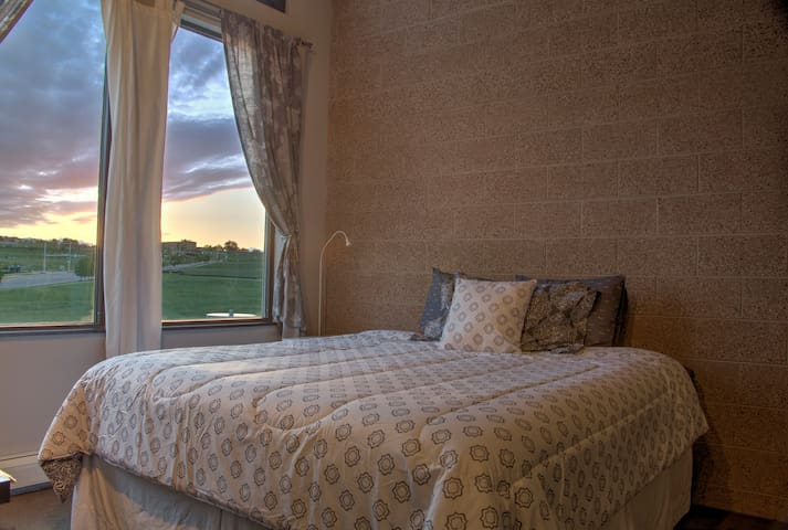 Big Master Bedroom with views of the mountains.