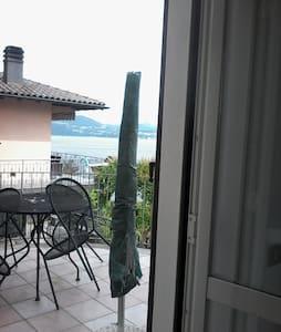 """incantevole """" nido"""" Lago Maggiore - Cannero Riviera"""