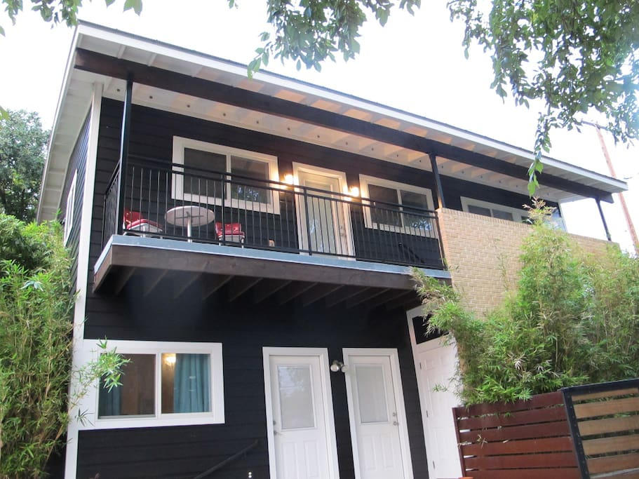 SOCO Two bedroom on Travis Heights Apartments for Rent