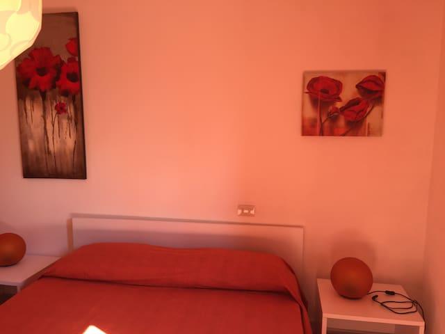 Orange Room Between Sea and Vineyar