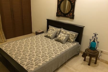 Centrally located Indian abode - Nova Délhi - Apartamento