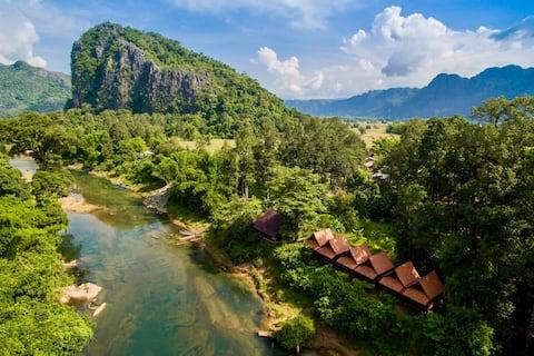 SpringRiver Resort | Riverview Bungalow TRIPLE