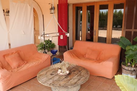 Cozy double room in a country House - Algaida - Casa