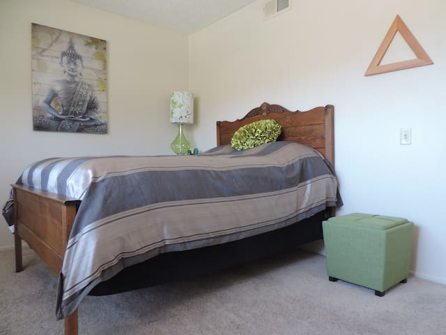 Zen-ish & Cozy Room in Camarillo - Camarillo - Casa