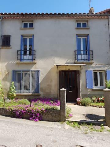 Renovated Village House Villardonnel