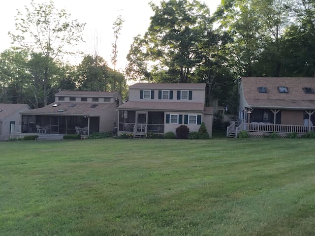Updated Lake House with Beach! - Moultonborough - Dom