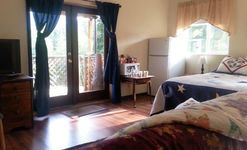 Gorge Master Bedroom - Stevenson - Casa