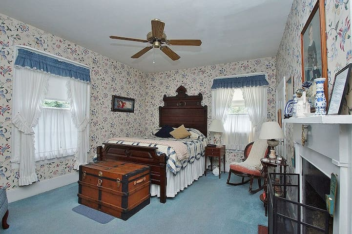The Morning Glory | Stay 2 Nights 3rd Night FREE! - Mount Jackson - Bed & Breakfast