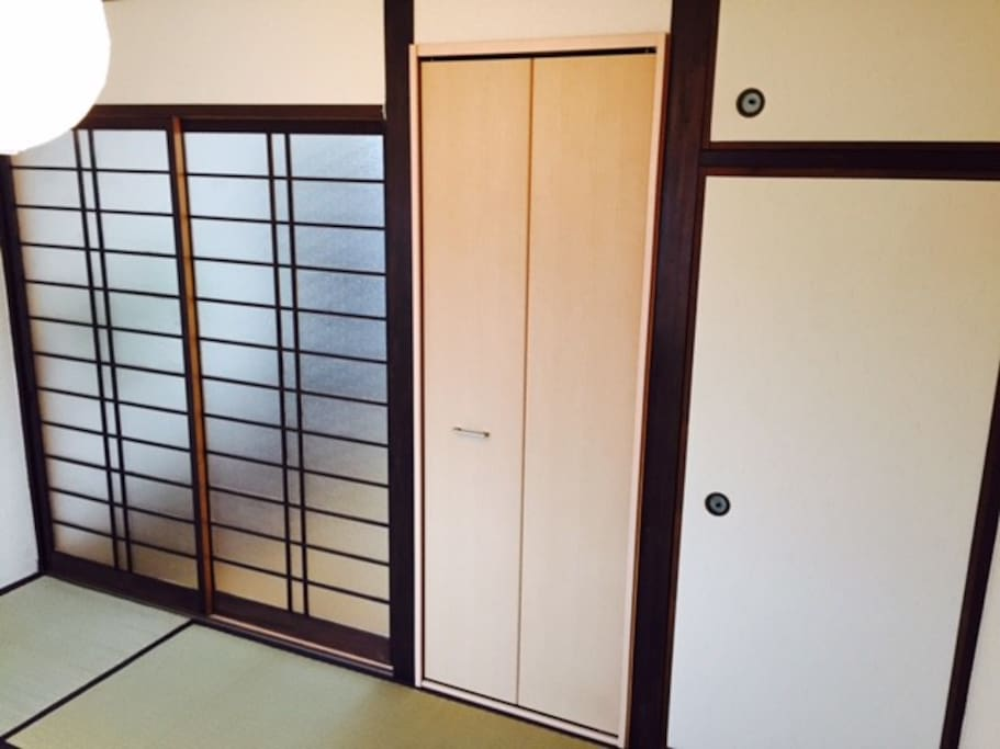 Closet of Japanese style(right side door)