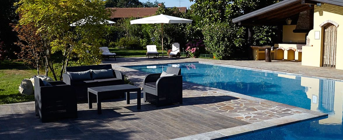 Relais Dei Cesari con piscina e tennis - Borgo Ticino - 獨棟