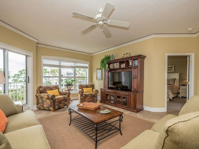 5403 Hampton Place ~ Just Steps to the Beach