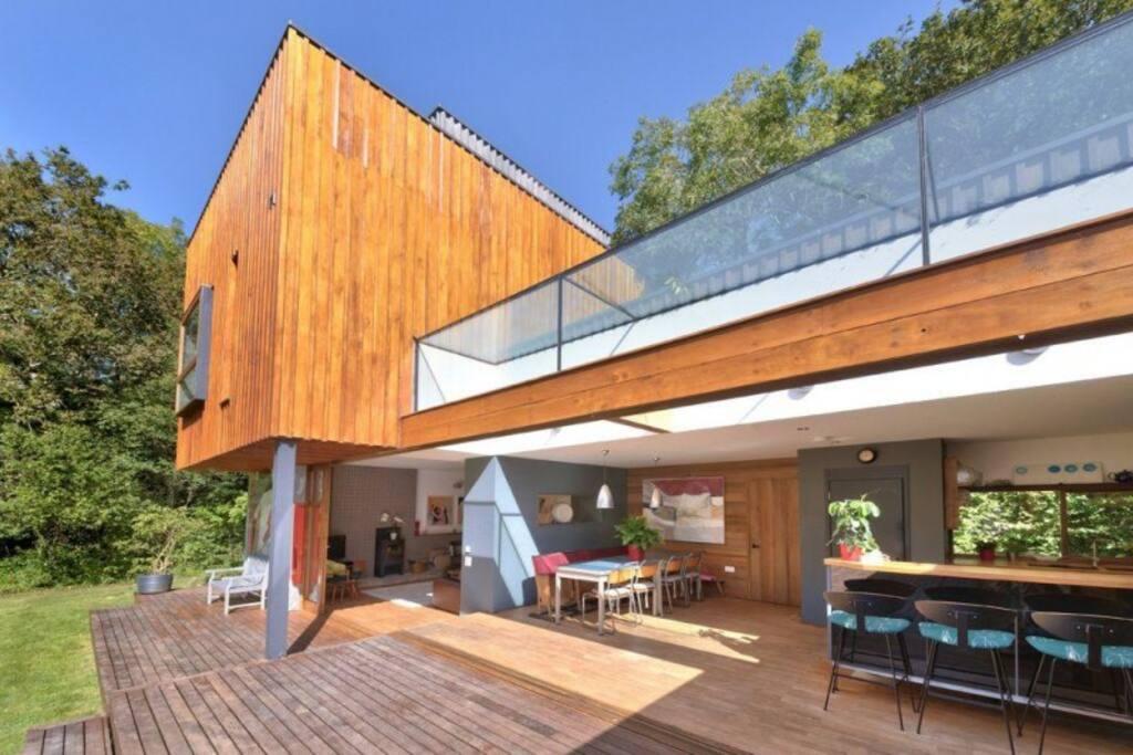Grand Design Award Winning 5 Bedroom Near Ryde Houses