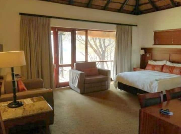 Bakubung Lodge self catering Studio, sleeps 2+2
