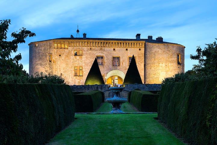 Suite Classique au coeur du Château de Bagnols