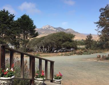 Charming Farmhouse near the Bay - Baywood-Los Osos - Dom