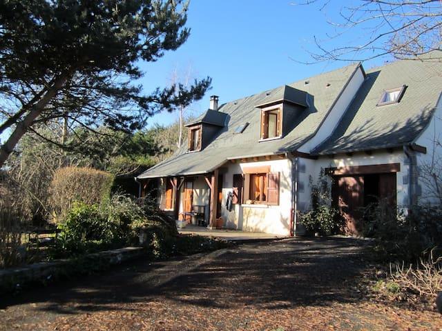 Maison de campagne - CHALINARGUES - House