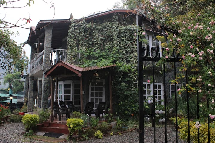 Pindari Cottage - Nainital - House