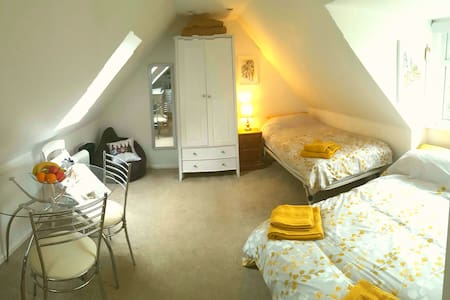 Cosy rural studio flat in New Forest National Park