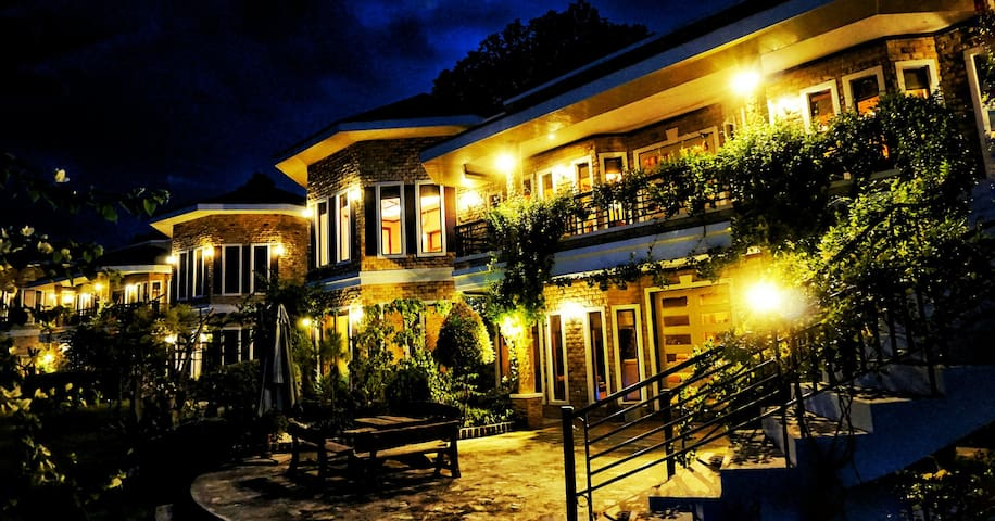 Huge 2 bed Apt overlooking Davao - Island Garden City of Samal Davao Region, PH - Casa