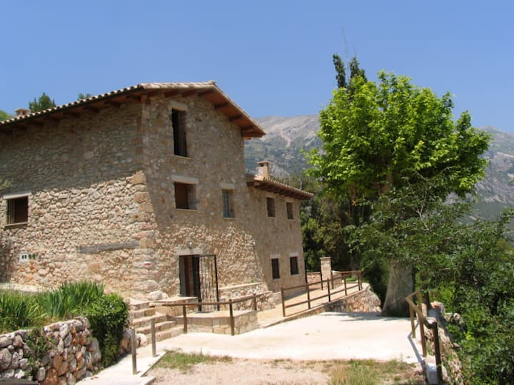 Isolated house, Natural Park Ports Tortosa-Beseit