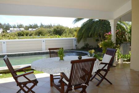 SPLENDID 3BD VILLA 100M FROM BEACH - Cap Malheureux - 独立屋